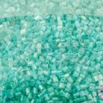 ลูกปัดจีน ปล้องสั้น สีเขียวพาลเทลเหลือบรุ้ง 2X2มิล(1ถุง)