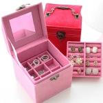 A006 Vintage Jewelry Storage