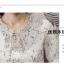 เสื้อแฟชั่นเกาหลี แต่งคอเสื้อ และชายแขนเสื้อแบบระบาย พิมพ์ลายใบไม้ลายเล็ก เนื้อผ้าชิฟฟอน thumbnail 6