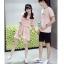 เสื้อคู่รัก แฟชั่นคู่รัก ชายเสื้อยืดคอกลม + เสื้อยืดคอกกลม สีชมพู แต่งลาย พร้อมกระโปรงสีชมพู +พร้อมส่ง thumbnail 8