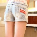 กางเกงยีนส์เด็กขาสั้น ขอบชมพูเข้มอมส้ม ไซส์  9