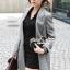 Seoul Secret Autumn Winter Gray Outer Suit เสื้อสูททรงเรียบหรู เนื้อผ้าคอตตอนสีเทาขึ้นทรงสวยอย่างดีค่ะ สีสวยดูคลาสสิก อินเทรน mix & match ได้หลายแบบเลยค่ะ งานตัดเย็บสวยใส่ทำงานเหมาะมากค่ะ thumbnail 3